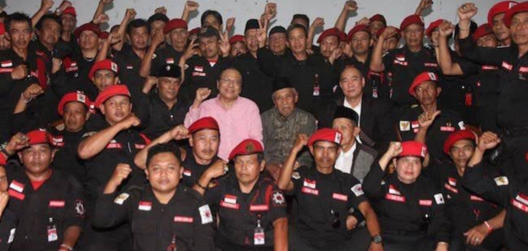 Bagikan Foto Dengan Satgas Cakra Buana, Rizal Ramli: Mereka Kecewa ...